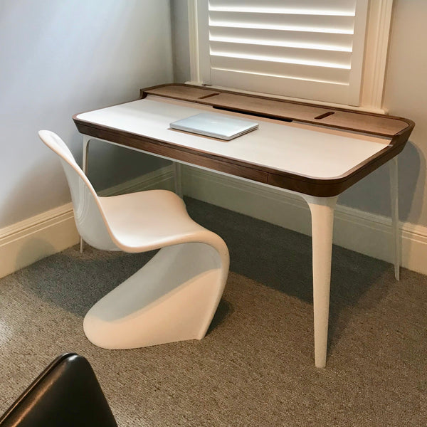 Airia Desk by Herman Miller