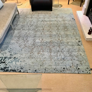 Everest Area Rug by Hali