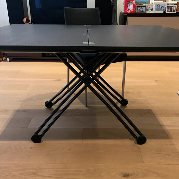 Yoyo Crescendo Table by Ligne Roset