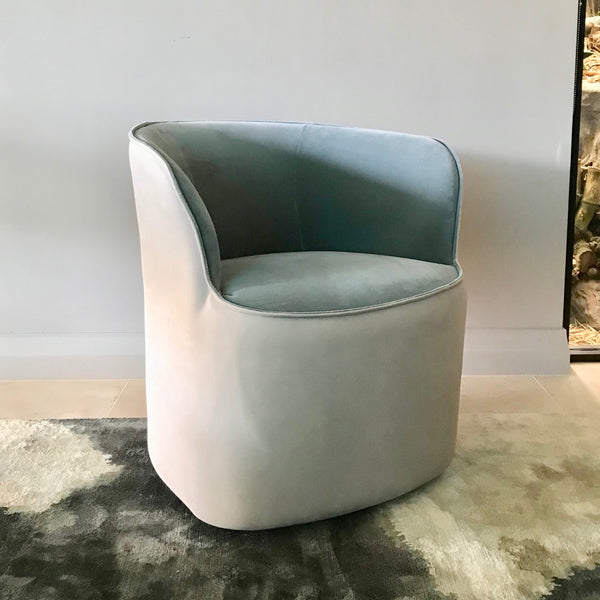 Pearl Swivel Armchair by Jardan (2 available)