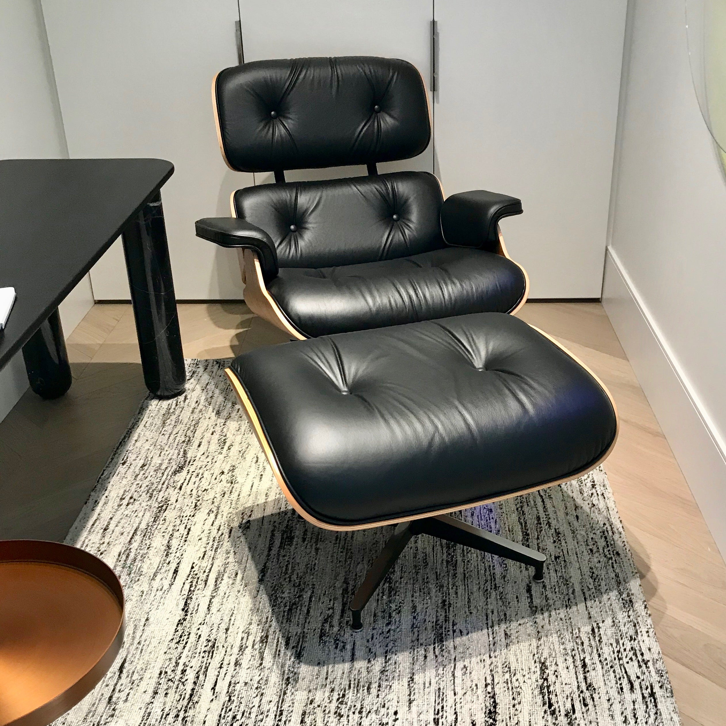 Eames Classic Lounge Chair & Ottoman for Herman Miler