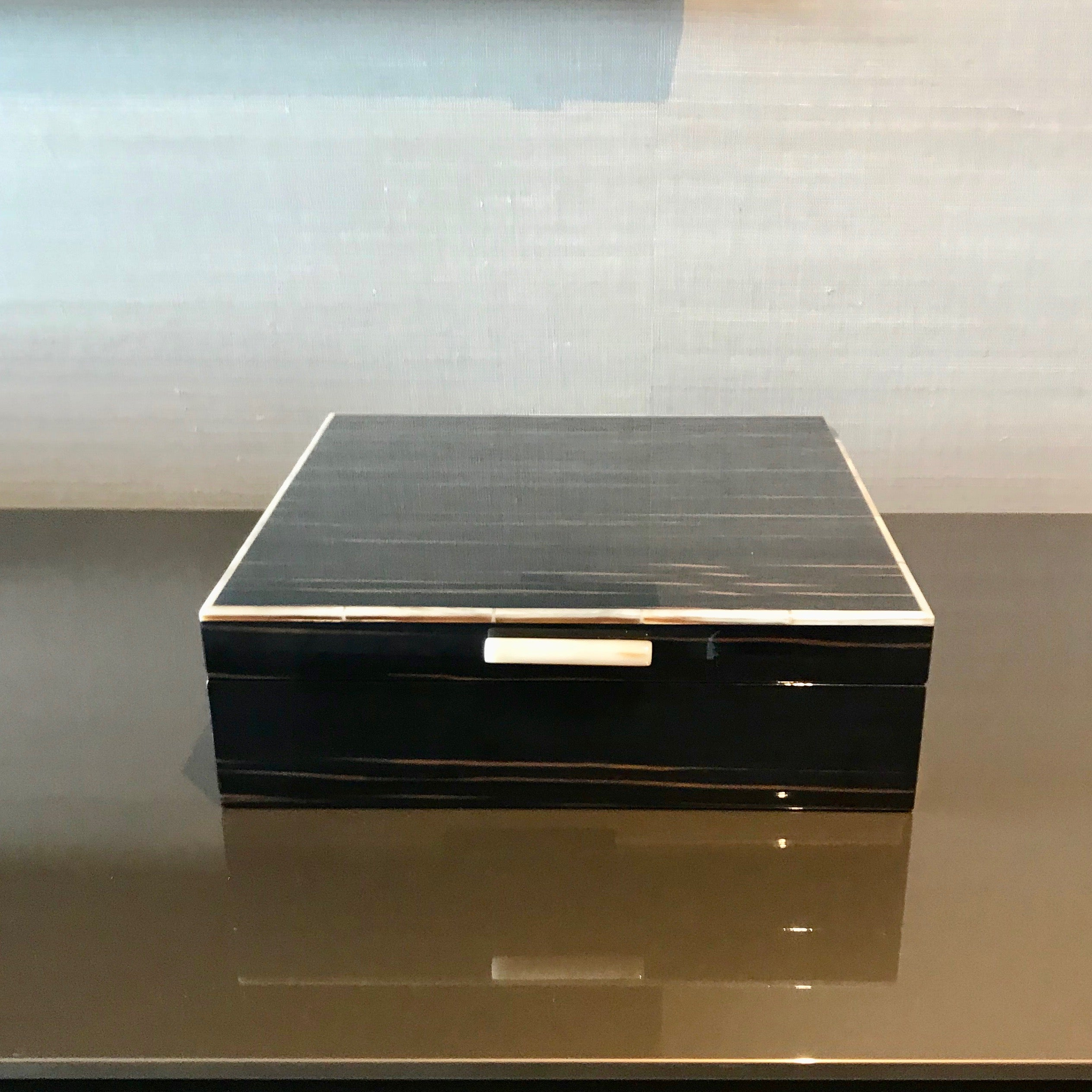 Ebony Macassar Jewellery Box by Fendi Casa