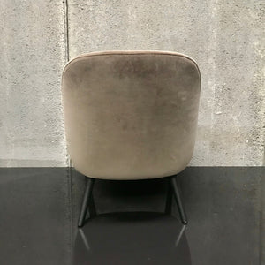 375 Lady Chair by Walter Knoll
