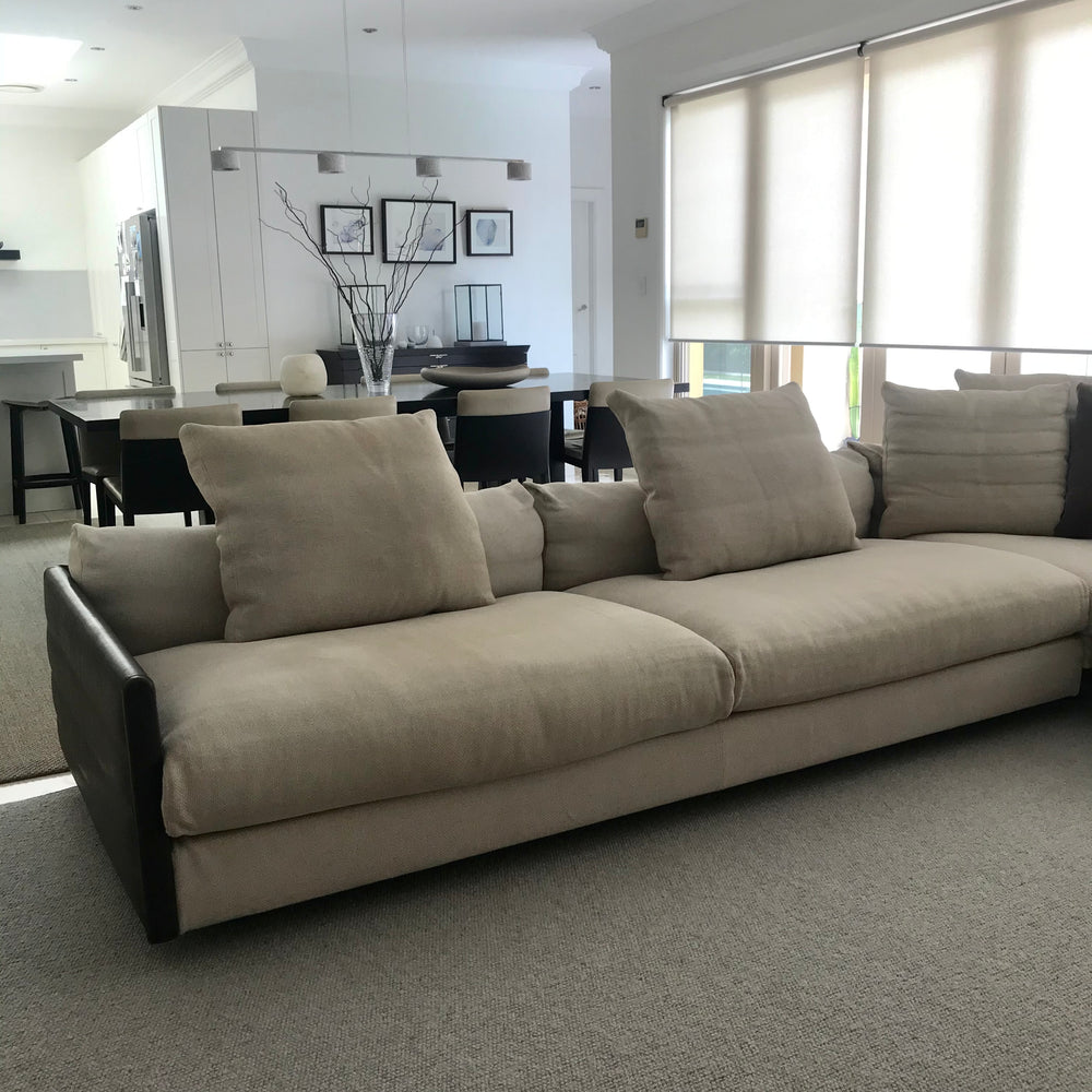 Wally Sofa by Antonello Mosca by Giorgetti