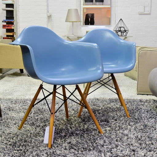 Eames DAW Armchair with Dowel Leg for Vitra