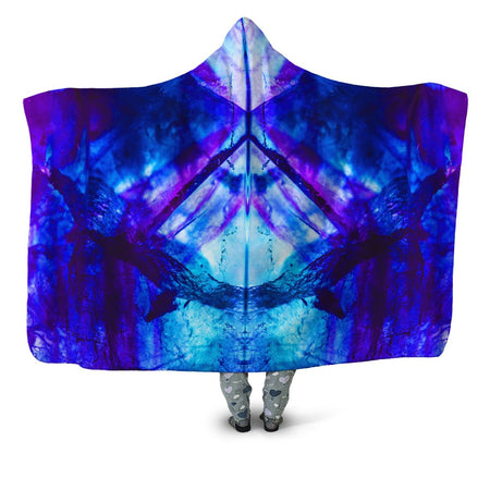 Noctum X Truth - Violet Night Hooded Blanket