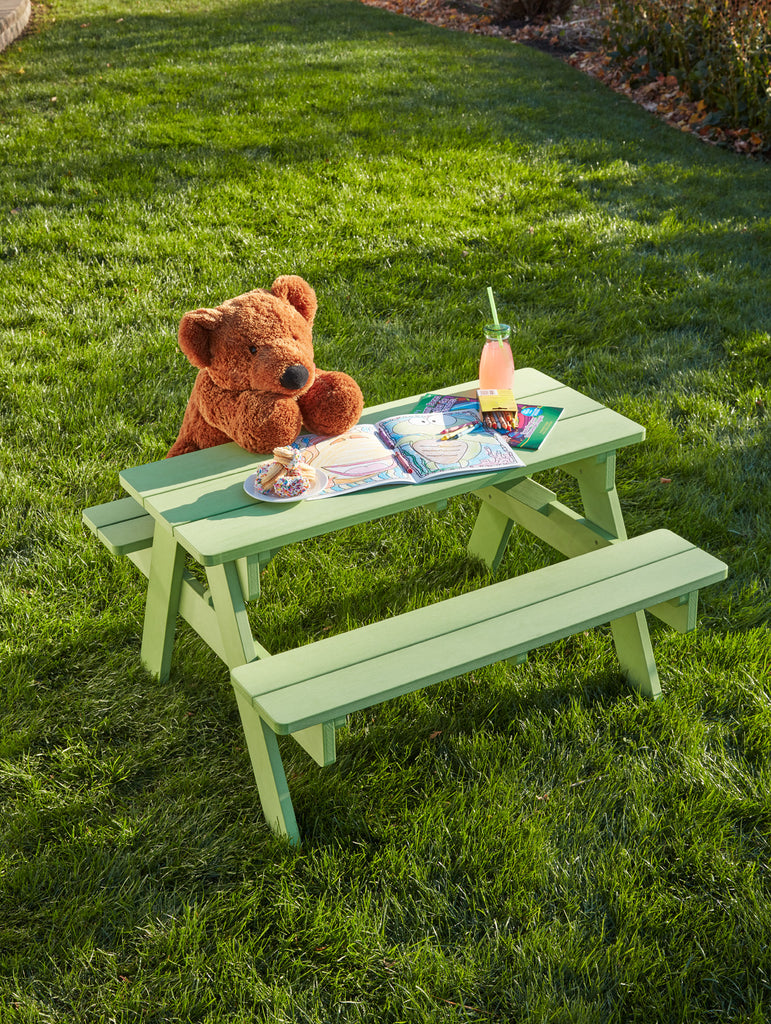 Stella Picnic Table