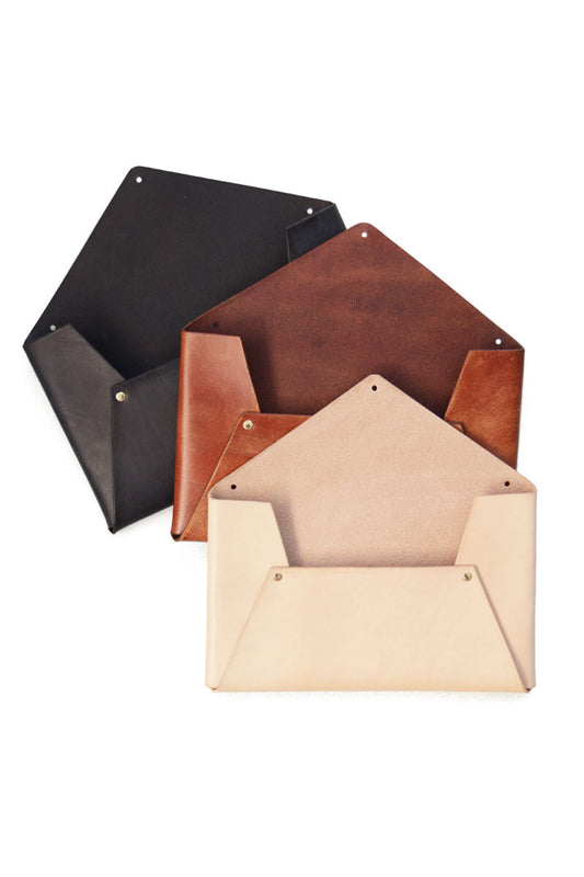 LEATHER WALL ENVELOPE