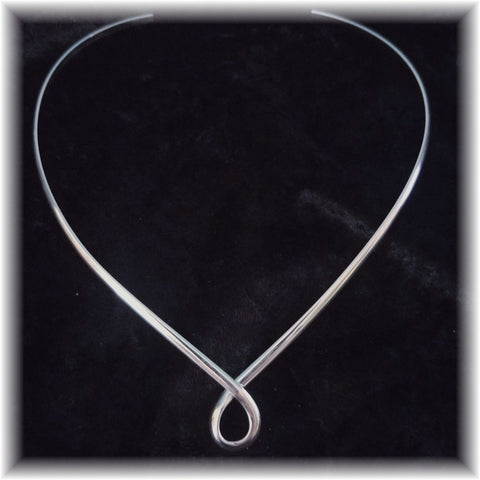 Criss Cross Neckwire