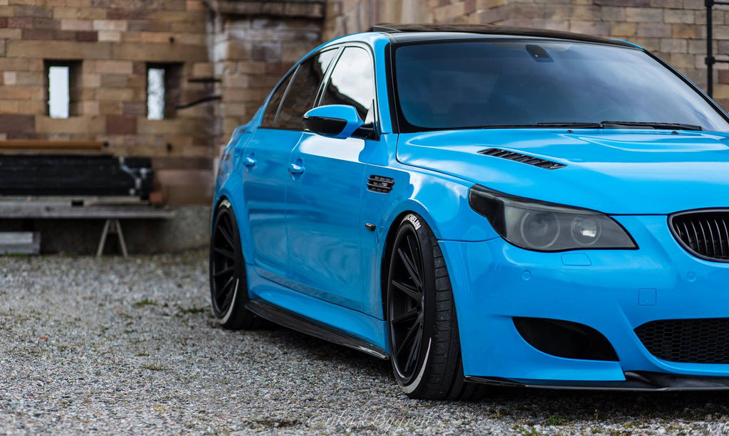 Dinmann Carbon Fiber Side Skirts – BMW E60 M5