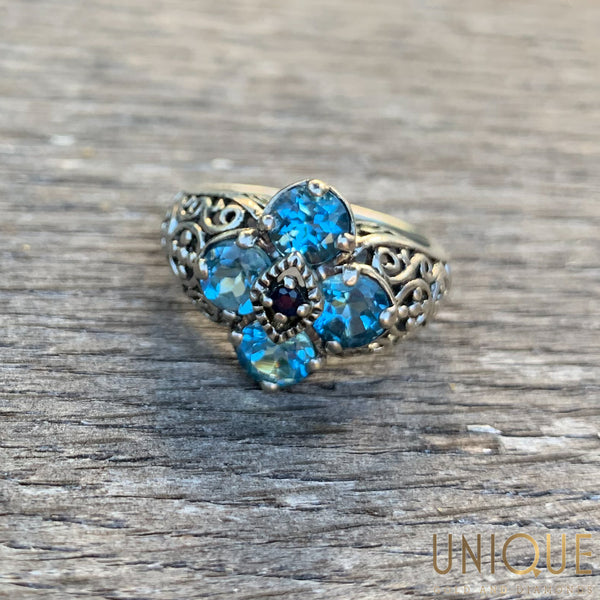 Vintage Sterling Silver Blue Topaz Flower Ring