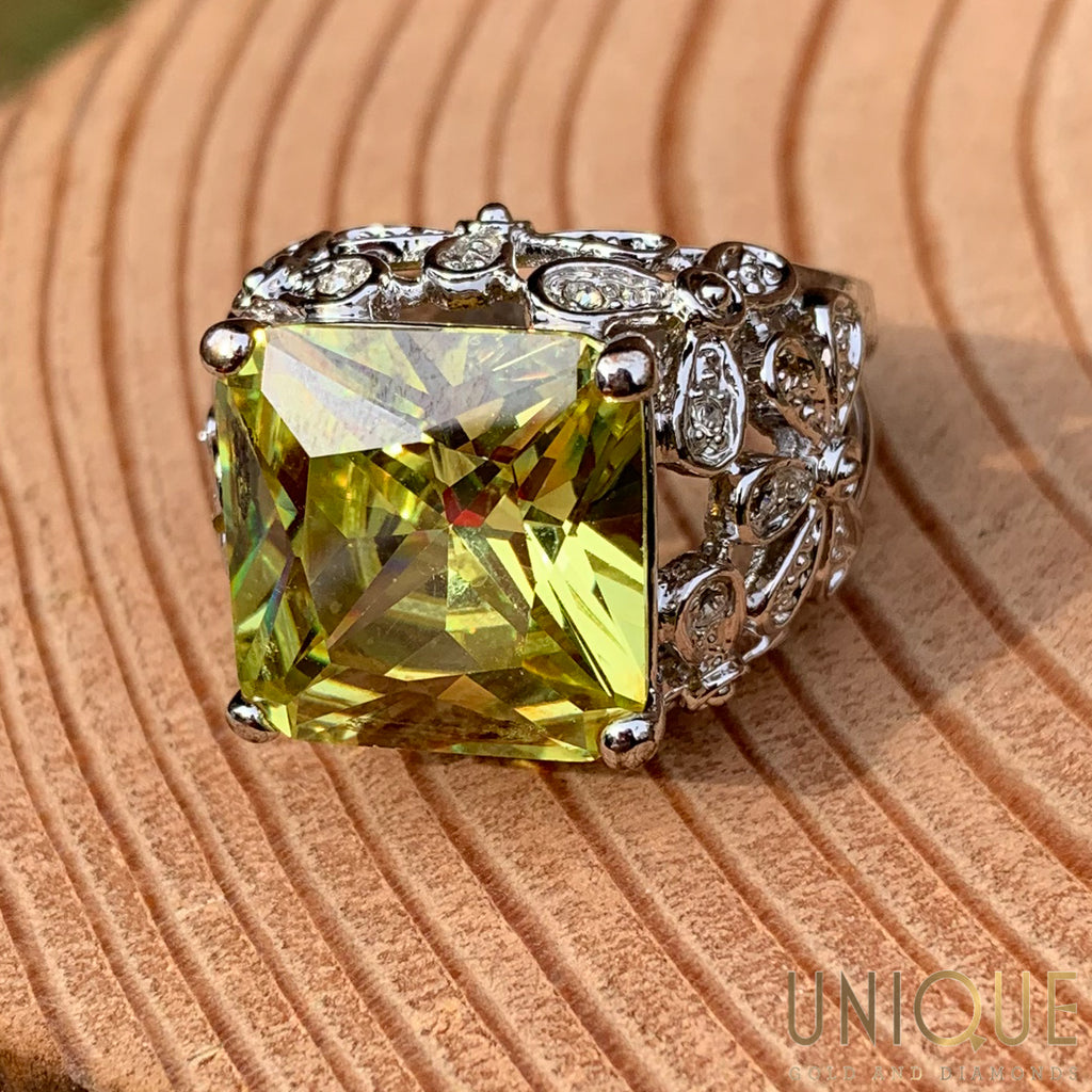Vintage Sterling Silver Large Peridot Ring