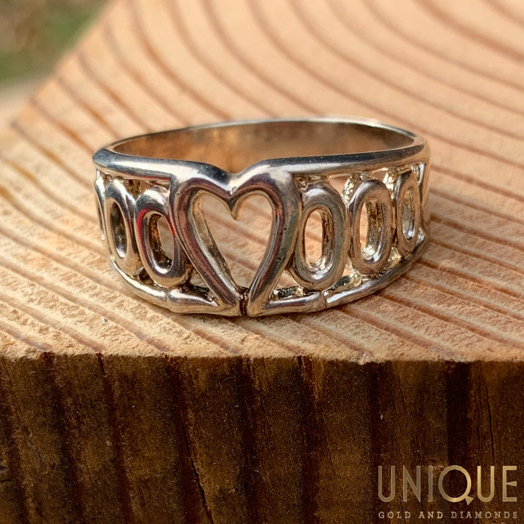 Vintage Sterling Silver Ring With Heart