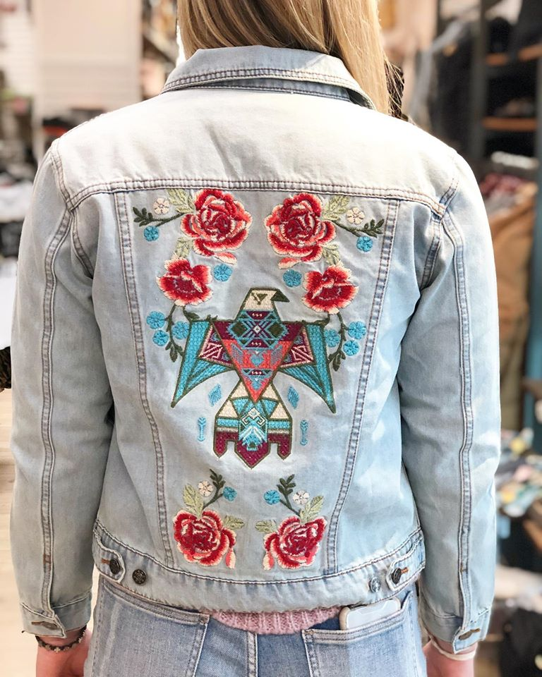 ANDREE BY UNIT- Savanna Jane Collection Embroidered DENIM JEAN JACKET