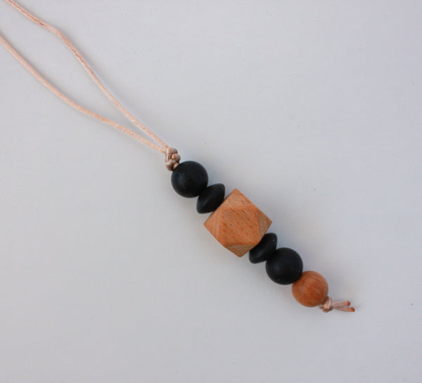 TODDLER ROOTED teething necklace