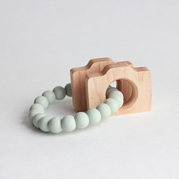 CAMERA Teether + Rattle