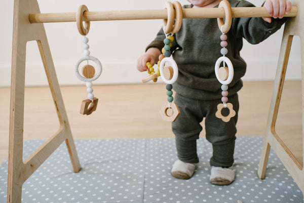 Play Gym teether + toys // POPPY