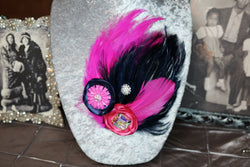 Double Feather Brooch - Fuschia & Navy
