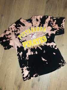 Thrifted Pittsburgh Pirates Tee - L