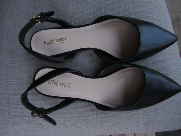 Nine West Flat Studded Sandals - 8.5