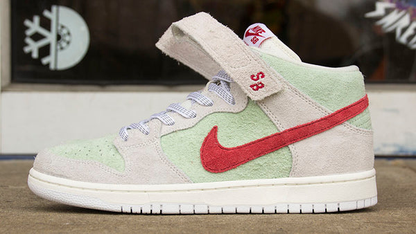 reputable site 330e8 f6dc0 ... new zealand nike sb dunk mid pro quickstrike 420 todd bratrud white  widow sail gym red ...