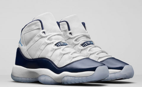 b222981bb97a49 Air Jordan 11 Retro Midnight Navy