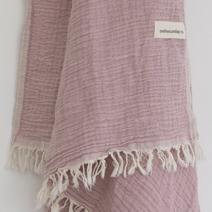 Signature Towel/Throw Pink