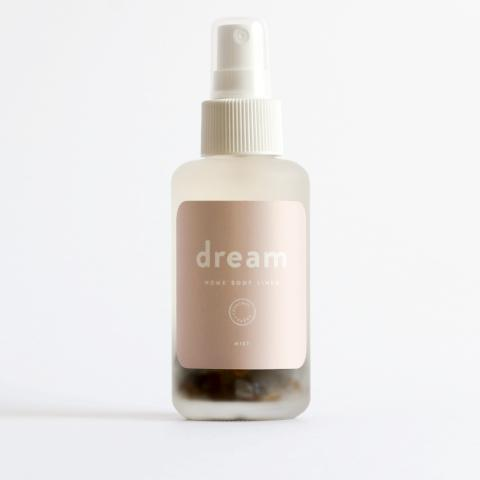 Courtney and the Babes Dream Mist