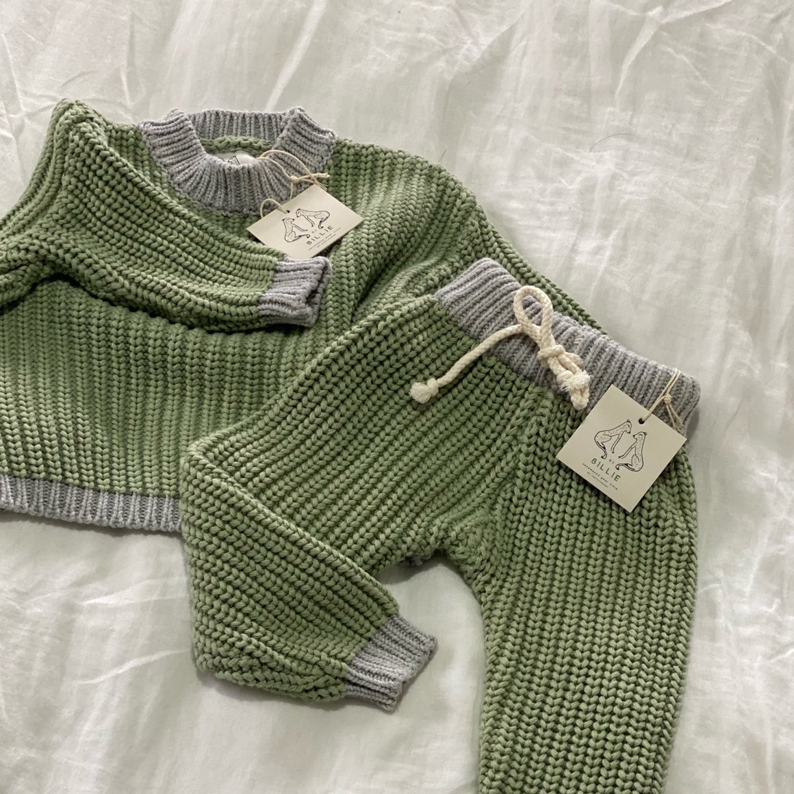 The Contrast Knit Pullover Olive/Grey