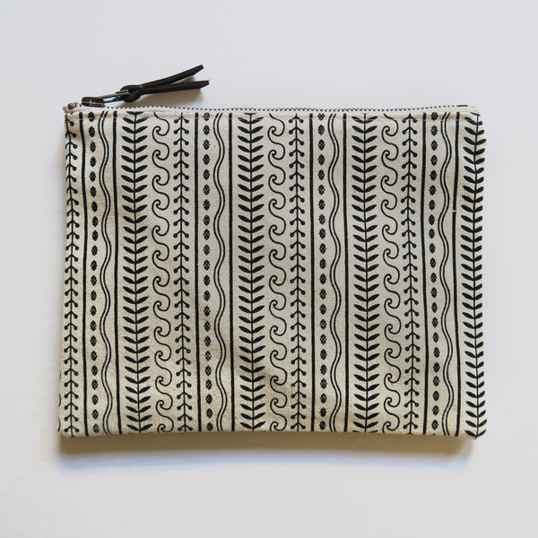 Large Zip Pouch 'Cypress' White/Black