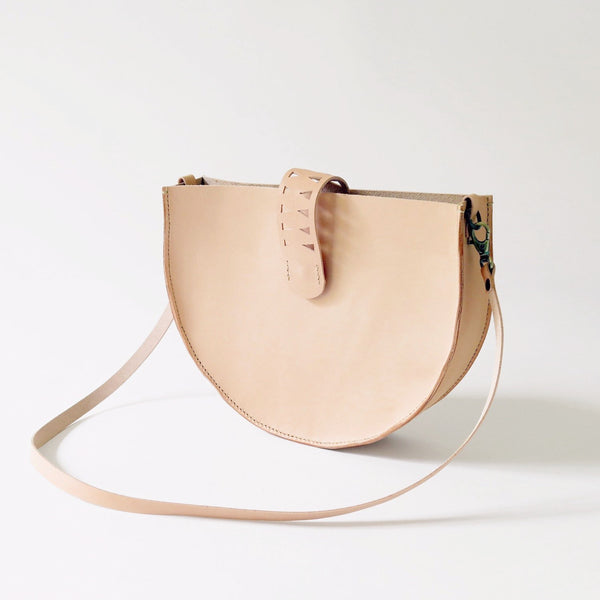 Leather Shoulder Bag in Veg Tan