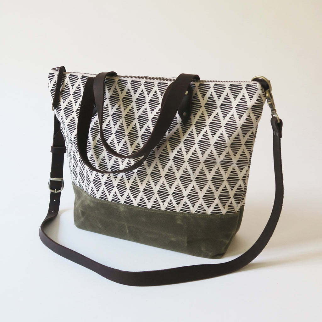 Crossbody Tote Bag 'Thalia' White/Green