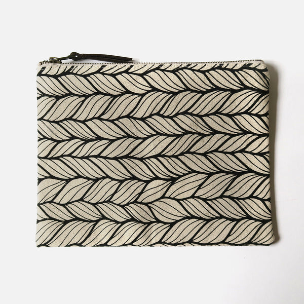 Large Zip Pouch 'Columbia' White/Black