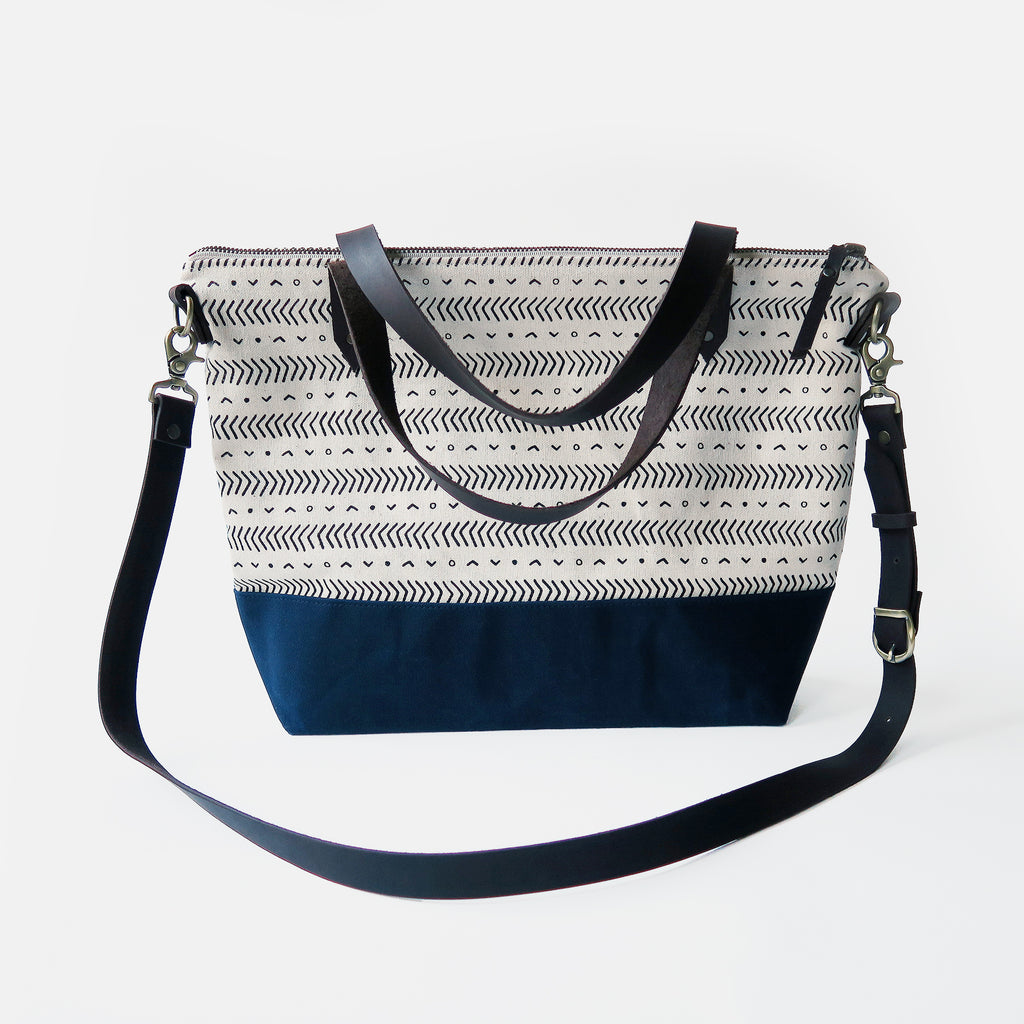 Crossbody Tote Bag 'Coastal' White/Navy
