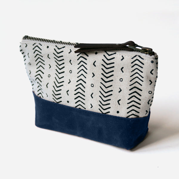 Wedge Zip Pouch 'Coastal' White/Navy