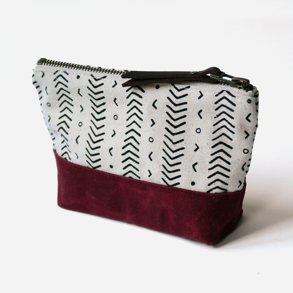 Wedge Zip Pouch 'Coastal' White/Burgundy