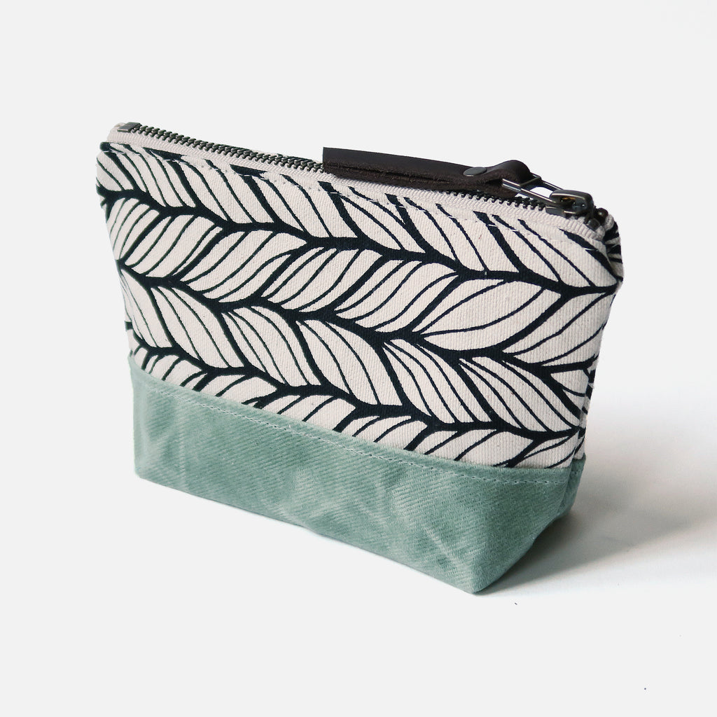 Wedge Zip Pouch 'Columbia' White/Sea Glass