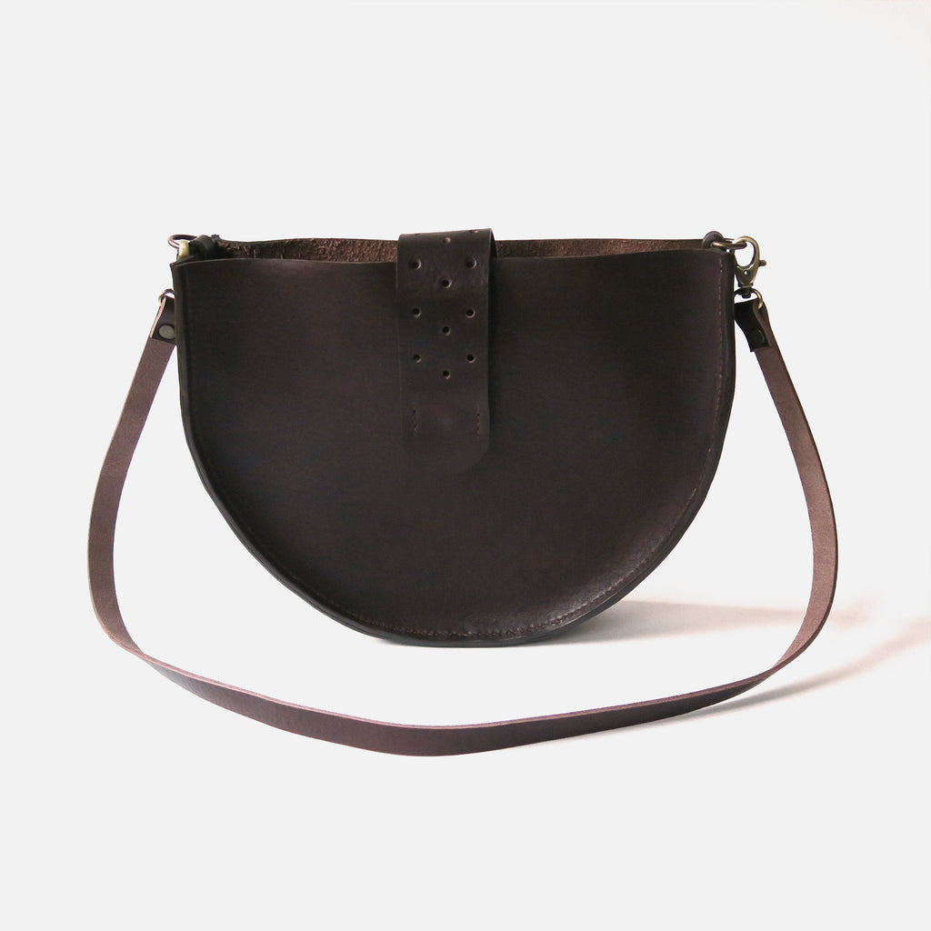 Leather Shoulder Bag in Brown Pebbled