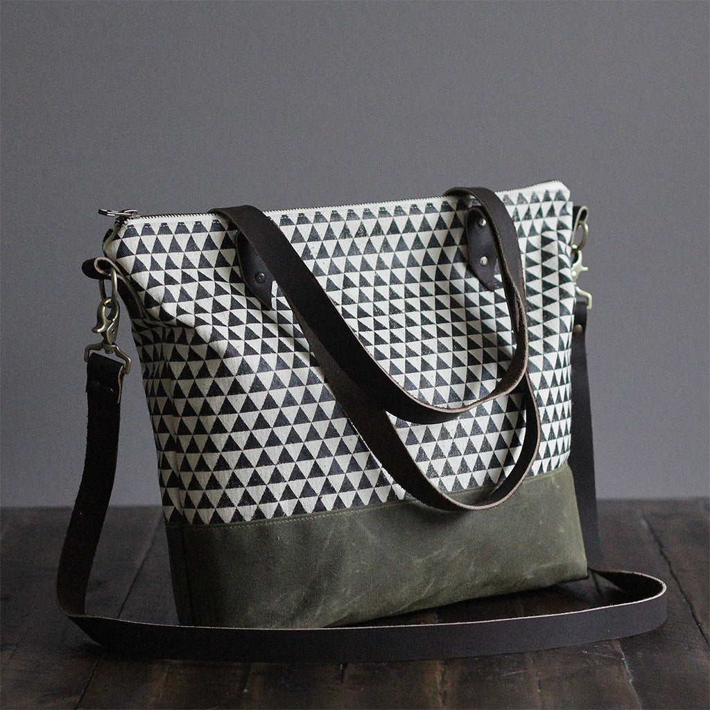 Crossbody Tote Bag 'Northbound' White/Green