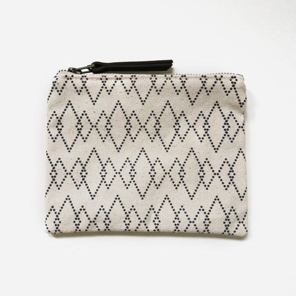 Medium Zip Pouch 'Canyon' White/Black *Sample*