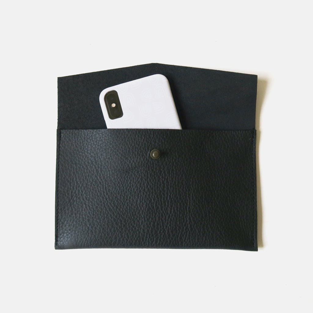 Leather Envelope Pouch Medium - Black Pebbled