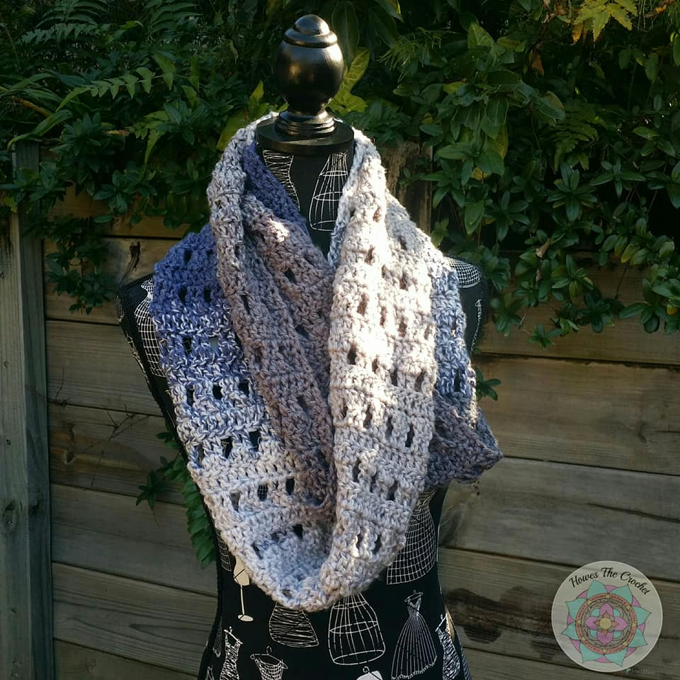 One Ball Projects - Peek-A-Koo Infinity Scarf by Tegan Howes