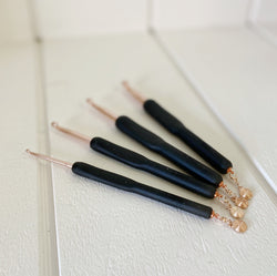 Yarn and Colors - Crochet Hook - Rose Gold