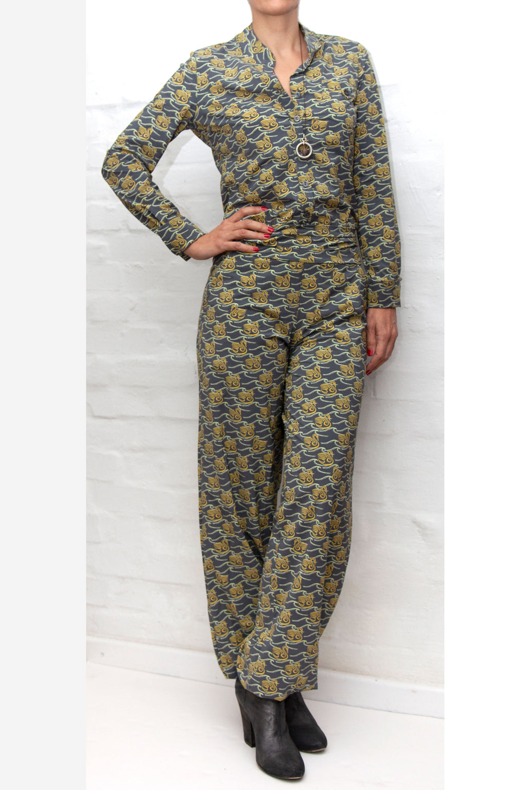 HOT! Jumpsuit Bill