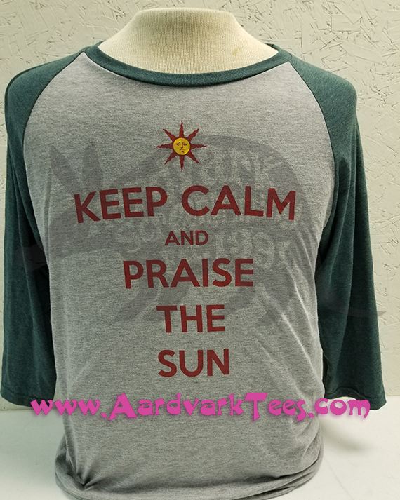 Keep Calm and Praise the Sun - Dark Souls Parody Fan Shirt - T-shirts - Aardvark Tees