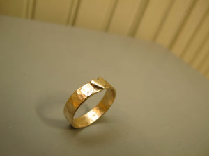 Gold ring commission