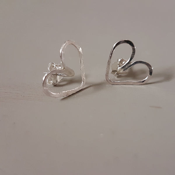 Wire heart stud - Red Ted's Jewellery