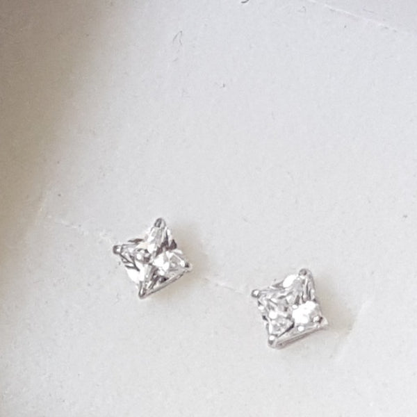 white gold earrings - Red Ted's Jewellery