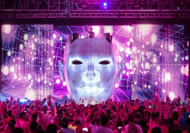 Avicii's giant head stage
