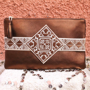 Yasmina Clutch in Sorrel